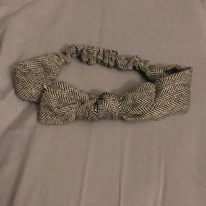 ⚡️2 for $6 FLASH SALE⚡️ Cute Knot Tied Headband